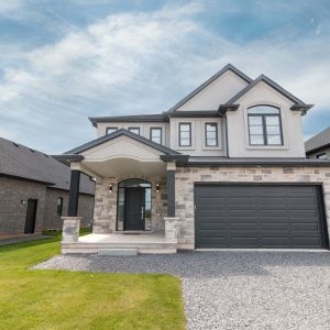 150 Lametti Drive, Fonthill - New Custom Home for Sale in Fonthill